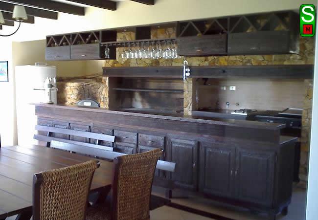 Saverio muebles for Cocinas rusticas para patios